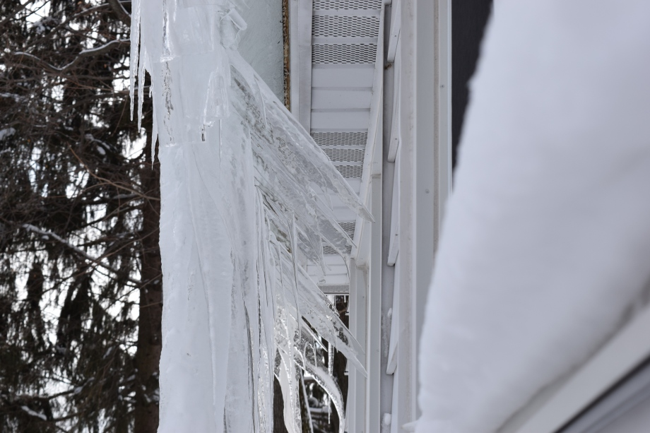 Inward Icicles